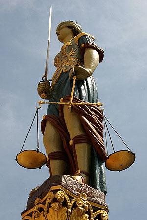 justice themis