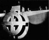 Croix celtique Tribune congrès Ordre Nouveau