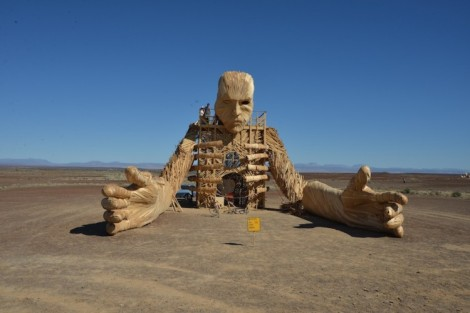 kat_sculpture burning man
