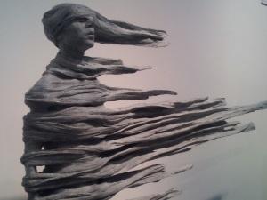 statue femme vent