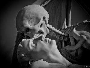 statue mort